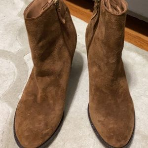 Love these boots, like new!